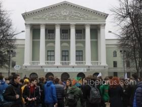 问:到白俄罗斯的布列斯特工业大学留学怎么样?能去别的大学吗?