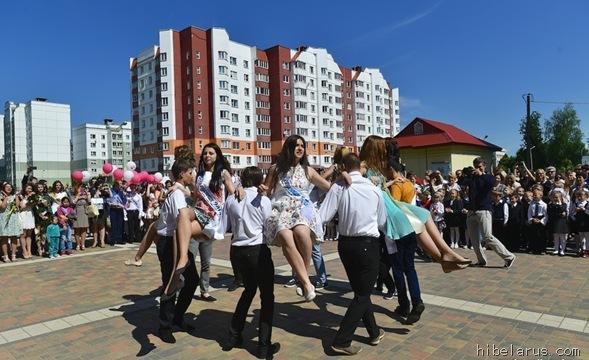 白俄罗斯高中生11