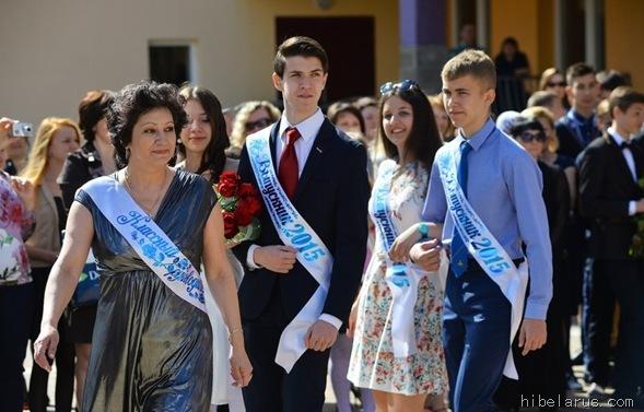 白俄罗斯高中生04