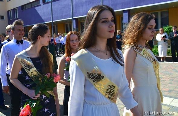 白俄罗斯高中生02