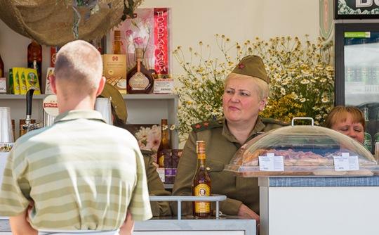 白俄罗斯独立日大妈30