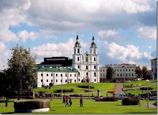走进白俄罗斯 首都明斯克的《немига》区域