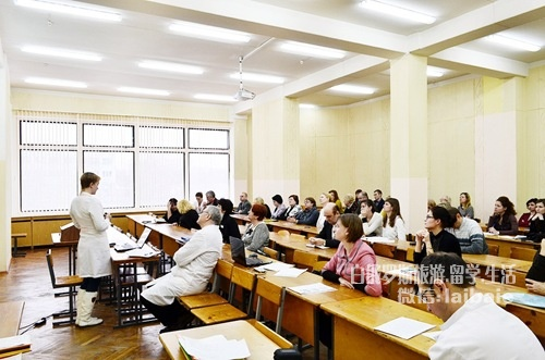 白俄罗斯国立医科大学——该国最重要的医学教育机构A0rbkQLV2lM