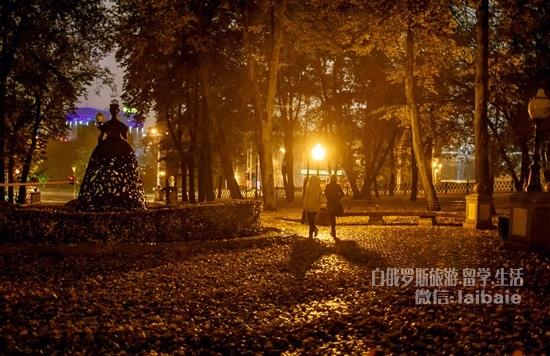是时候带你看看 明斯克秋天的夜景啦