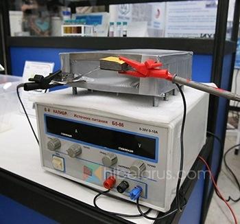 白俄罗斯科学家展示了电动汽车超级电容试验模型