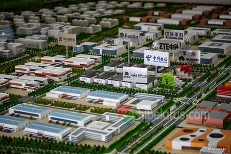 四家中国企业正式注册进入中白巨石工业园