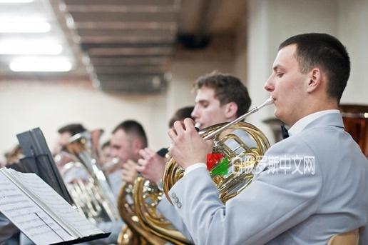 (视频)乌克兰电视台采访 音乐高等学府:乌克兰格里埃尔音乐学院